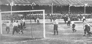 Tottenham Hotspur Kit History - 1901