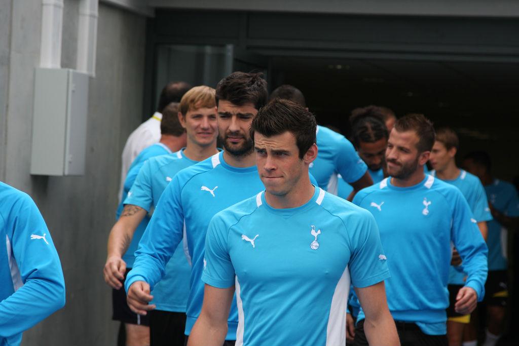 Tottenham_Hotspur_Kit_History_7