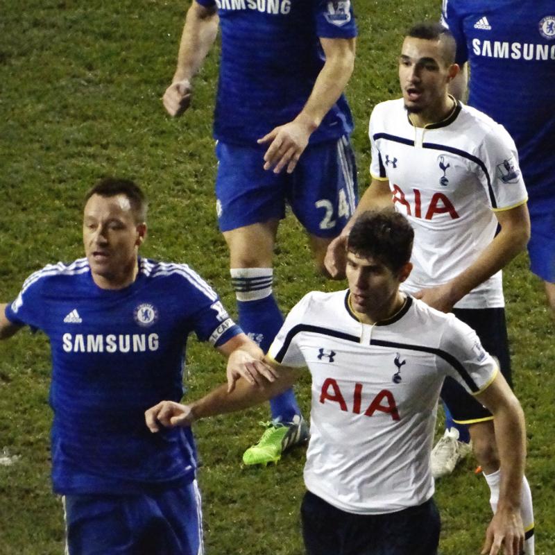 Tottenham_Hotspur_Kit_History_8