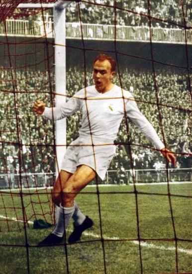 Real_Madrid_Kit_History_08